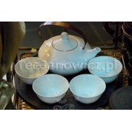 Zestaw japoński z białej porcelany
